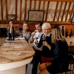 At #chateaudevalcombe you will be tasting wine in a stable built in 1784... Open on saturday from 10am to 5pm. #familyvineyard #organicwines #nosexforbutterfly #costieres2nimes #costieresdenimes