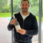 Thanks a lot @scott_spedding for sharing this bottle of #nosexforbutterfly Rose with us !!! Always proud to see the Rugby family supporting our wines with the same passion we have when supporting you guys on the pitch !!!  #nosexforbutterfly #chateaudevalcombe #costieresdenimes #familyvineyard #organicwines