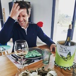 Valentine's Day can be pretty challenging for us men....  But a few oysters and a bottle of #nosexforbutterfly does wonders !!!! #chateaudevalcombe #costieresdenimes #organicwine #valentines